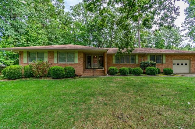326 Dogwood Dr, Newport News, VA 23606 (#10341256) :: Encompass Real Estate Solutions