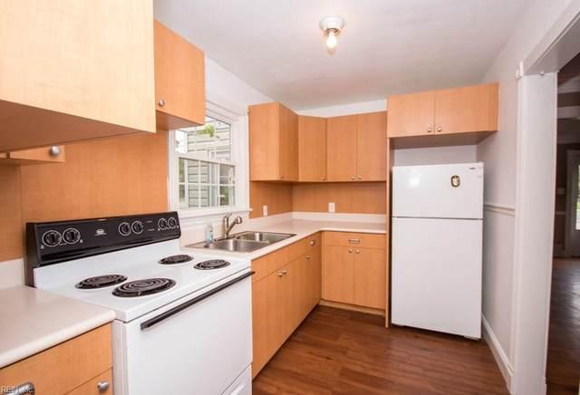 2118 E Pembroke Ave, Hampton, VA 23664 (#10343913) :: RE/MAX Central Realty