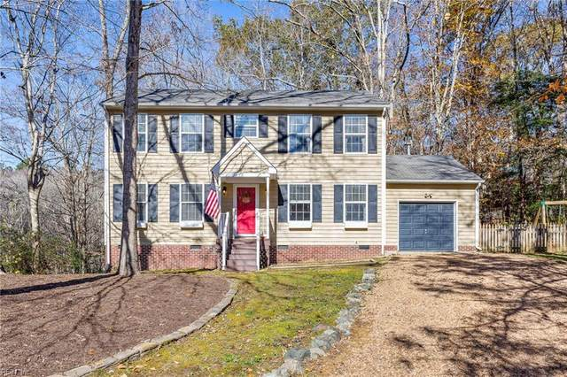 4 Joy's Cir, James City County, VA 23168 (#10350966) :: Atkinson Realty