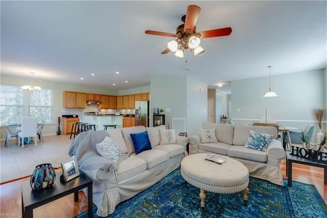 211 Foster Road, York County, VA 23690 (#10351496) :: Atlantic Sotheby's International Realty