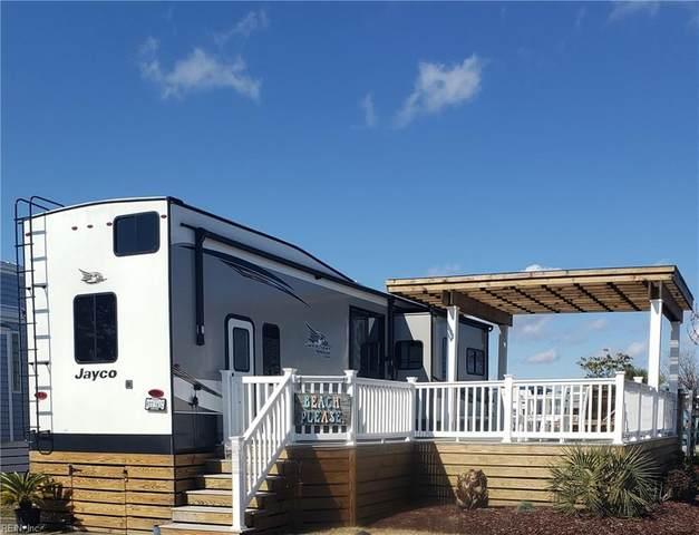 3665 Sandpiper Rd #208, Virginia Beach, VA 23456 (#10361839) :: Avalon Real Estate