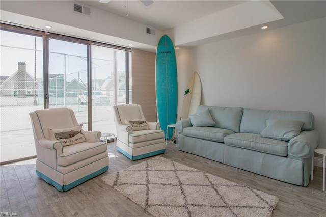 4004 Atlantic Ave #222, Virginia Beach, VA 23451 (#10362461) :: Rocket Real Estate