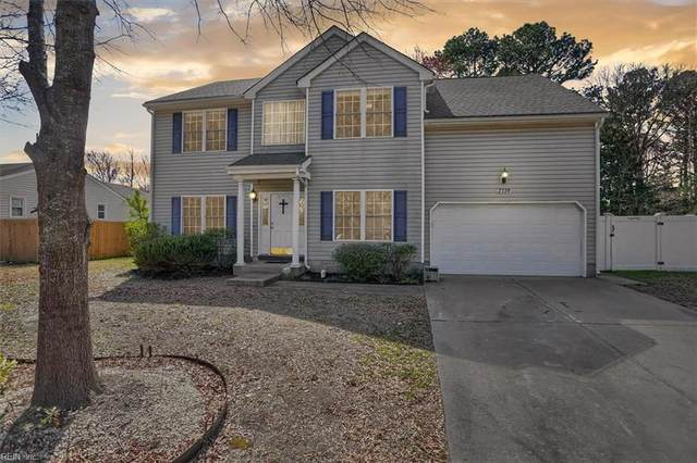2739 Lake Ridge Xing, Chesapeake, VA 23323 (#10366238) :: Berkshire Hathaway HomeServices Towne Realty