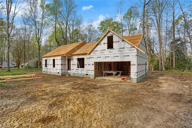 323 Windsor Rd, Mathews County, VA 23128 (#10367437) :: The Bell Tower Real Estate Team