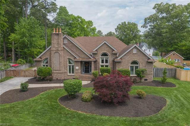 805 Forest Lakes Cir, Chesapeake, VA 23322 (#10373851) :: Berkshire Hathaway HomeServices Towne Realty