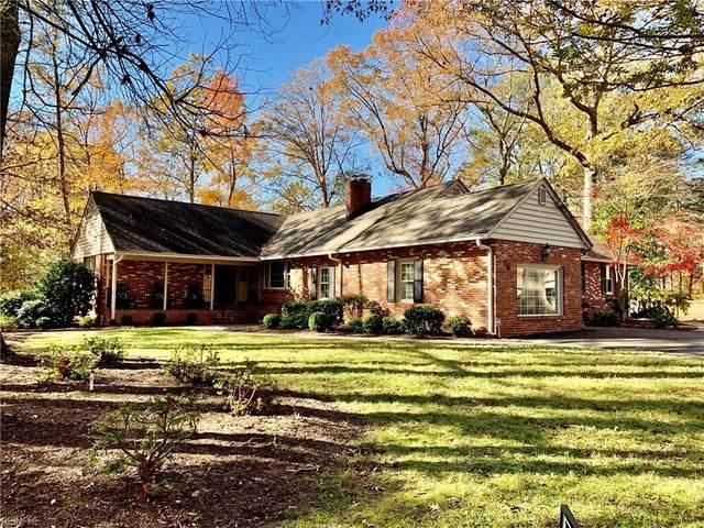 18 Indigo Dam Rd, Newport News, VA 23606 (#10378559) :: Berkshire Hathaway HomeServices Towne Realty