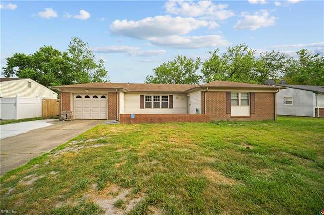 3021 Kenelm Dr, Chesapeake, VA 23323 (#10378825) :: Berkshire Hathaway HomeServices Towne Realty