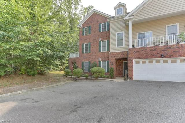 202 Lakeview Cv, Isle of Wight County, VA 23430 (#10381552) :: The Kris Weaver Real Estate Team