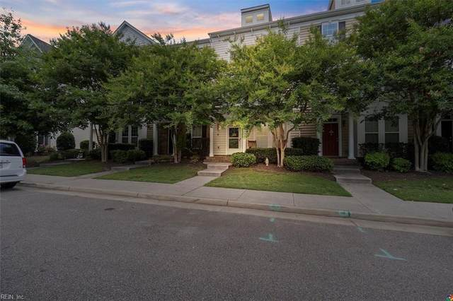 3136 Greenwood Dr, Portsmouth, VA 23701 (#10381869) :: Berkshire Hathaway HomeServices Towne Realty