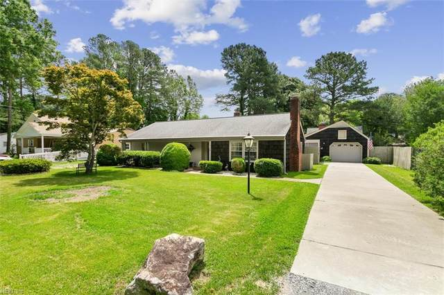110 Riverside Dr, York County, VA 23692 (#10382939) :: Berkshire Hathaway HomeServices Towne Realty