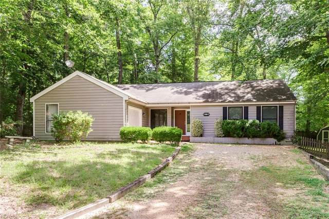 11 Frond Ct, James City County, VA 23188 (#10388021) :: The Bell Tower Real Estate Team