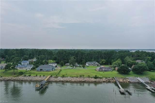 9381 Rivershore Dr, Suffolk, VA 23433 (MLS #10389521) :: Howard Hanna Real Estate Services