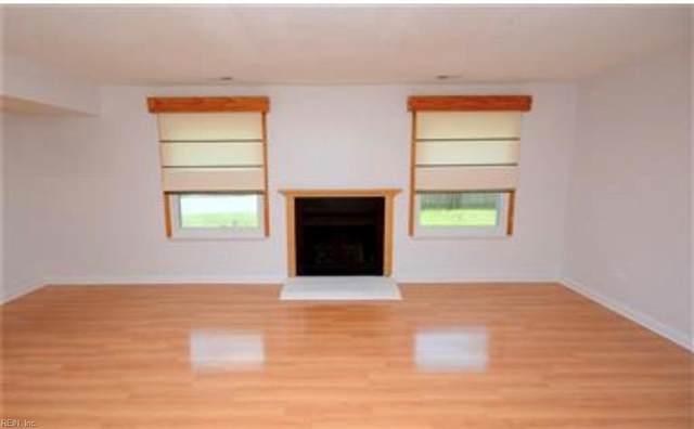 1411 Chickadee Ln, Virginia Beach, VA 23454 (MLS #10393133) :: Howard Hanna Real Estate Services