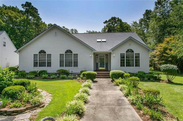 223 River Run Dr, Middlesex County, VA 23071 (#10395553) :: Berkshire Hathaway HomeServices Towne Realty