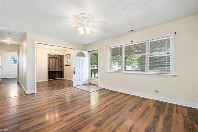 4106 Neptune Ct, Chesapeake, VA 23325 (#10397604) :: Rocket Real Estate