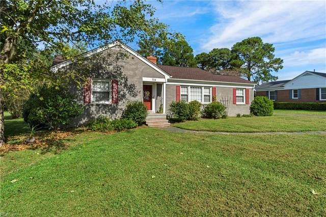 704 Fairview Dr, Franklin, VA 23851 (#10401886) :: The Kris Weaver Real Estate Team