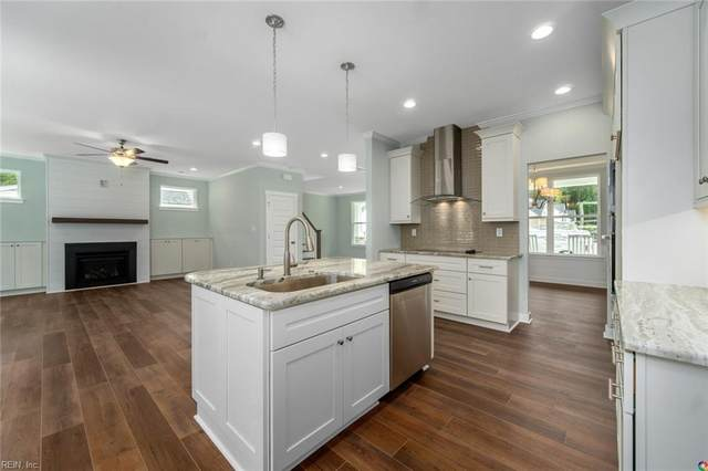 704 Johnstown Rd, Chesapeake, VA 23322 (#10402345) :: Berkshire Hathaway HomeServices Towne Realty
