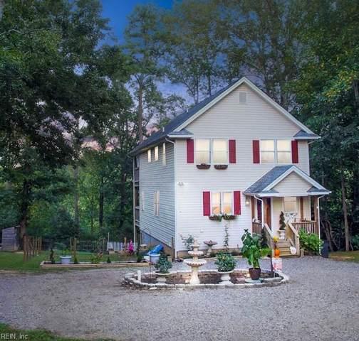 20 Urbanna Creek Ct, Middlesex County, VA 23149 (#10404855) :: Atkinson Realty