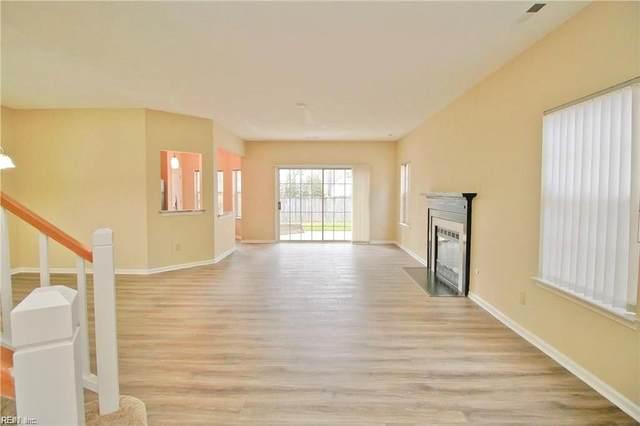 717 W Willow Point Pl, Newport News, VA 23602 (#10406606) :: The Kris Weaver Real Estate Team