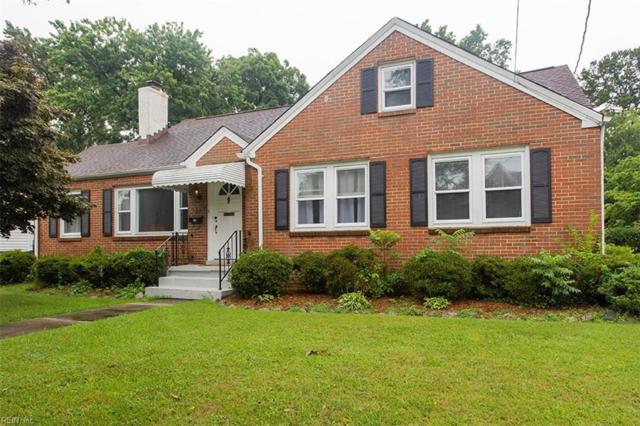 137 Fayton Ave, Norfolk, VA 23505 (MLS #10184975) :: Chantel Ray Real Estate