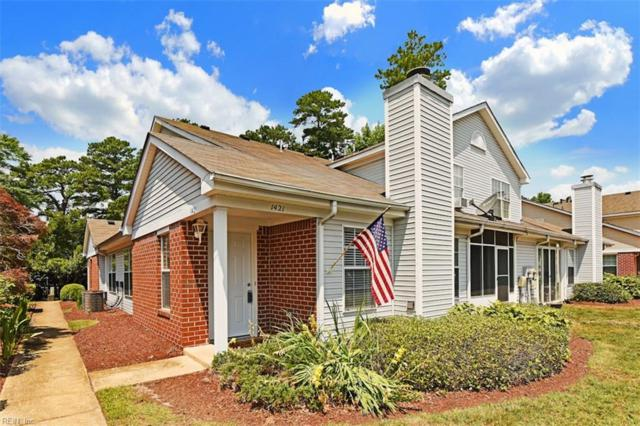 1421 Orchard Grove Dr, Chesapeake, VA 23320 (#10203830) :: Berkshire Hathaway HomeServices Towne Realty