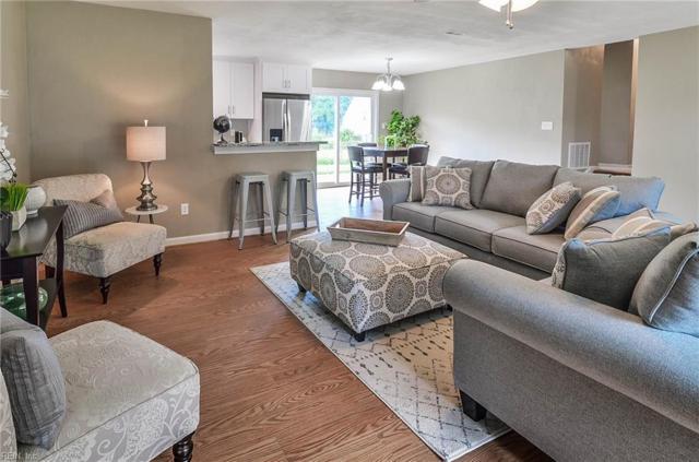 9 Lilac Ct, Newport News, VA 23601 (#10216316) :: Berkshire Hathaway HomeServices Towne Realty