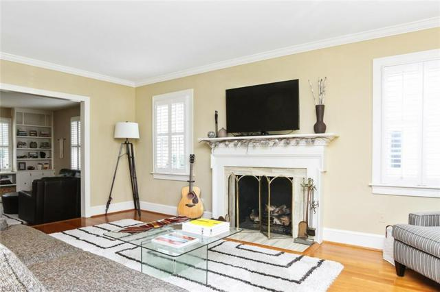 1405 Buckingham Ave, Norfolk, VA 23508 (#10241571) :: Upscale Avenues Realty Group