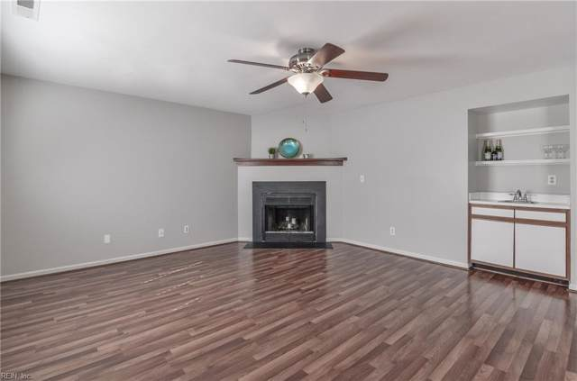 839 Little Bay Ave C, Norfolk, VA 23503 (#10274492) :: The Kris Weaver Real Estate Team