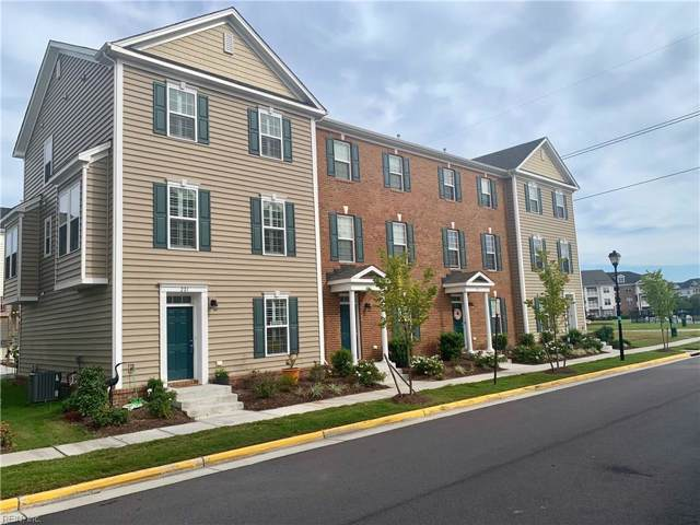 221 Alabaster St #241, Virginia Beach, VA 23462 (#10279714) :: Kristie Weaver, REALTOR