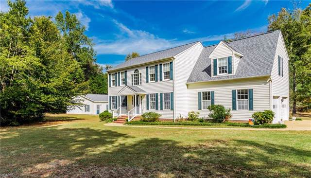 300 Cove Ct, New Kent County, VA 23089 (MLS #10288389) :: Chantel Ray Real Estate