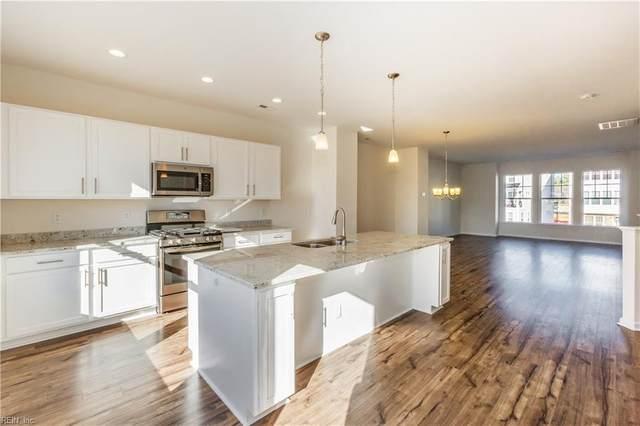 525 Violet Ct #135, Newport News, VA 23602 (MLS #10298154) :: Chantel Ray Real Estate