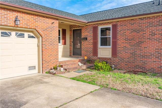 321 Fort Worth St, Hampton, VA 23669 (#10299437) :: Berkshire Hathaway HomeServices Towne Realty