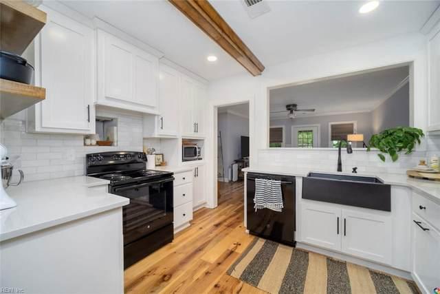 101 Pin Oak Rd, Newport News, VA 23601 (#10322640) :: Kristie Weaver, REALTOR