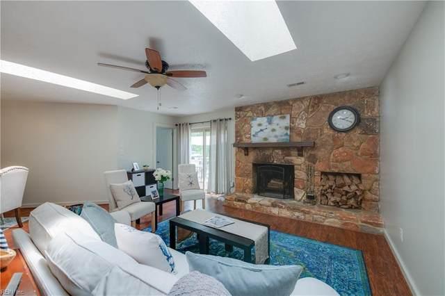 610 Deep Creek Road, Newport News, VA 23606 (#10374417) :: Berkshire Hathaway HomeServices Towne Realty