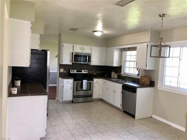 1809 Bloomfield Dr, Virginia Beach, VA 23453 (#10396608) :: RE/MAX Central Realty
