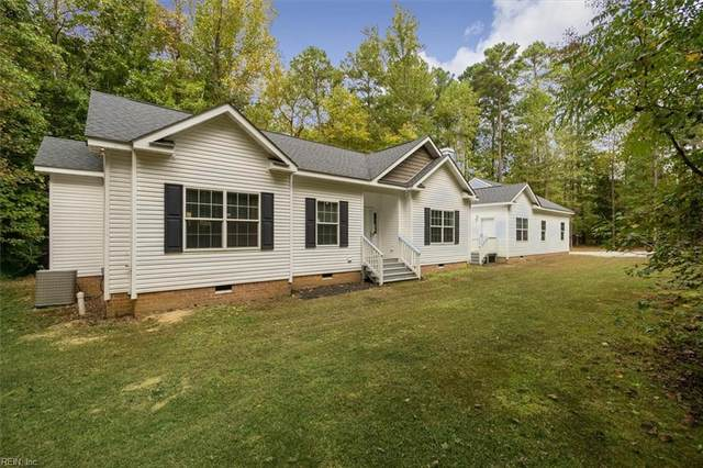 3080 Kingbrook Ln, Isle of Wight County, VA 23430 (#10405987) :: The Bell Tower Real Estate Team