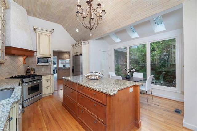 6108 Studeley Ave, Norfolk, VA 23508 (#10258387) :: Upscale Avenues Realty Group