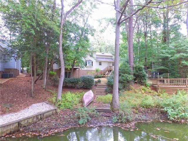 26 Paula Maria Dr, Newport News, VA 23606 (MLS #10285135) :: Chantel Ray Real Estate