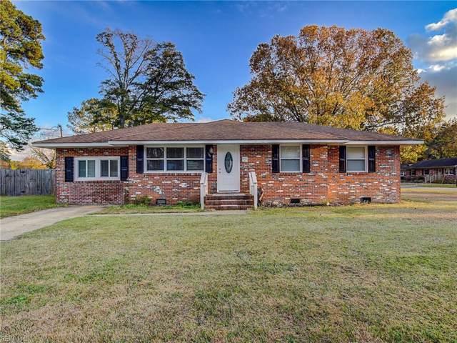 109 Clover Dr, Chesapeake, VA 23322 (MLS #10291462) :: Chantel Ray Real Estate