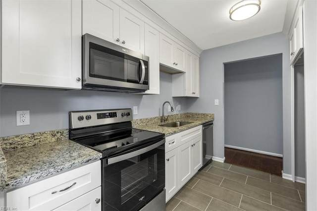 4114 Eastham Rd, Virginia Beach, VA 23453 (#10404884) :: Berkshire Hathaway HomeServices Towne Realty