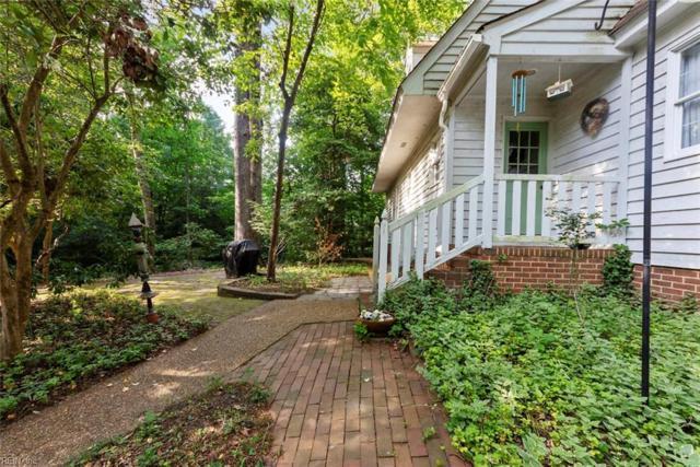 315 Nottingham Rd, York County, VA 23185 (#10259832) :: Momentum Real Estate