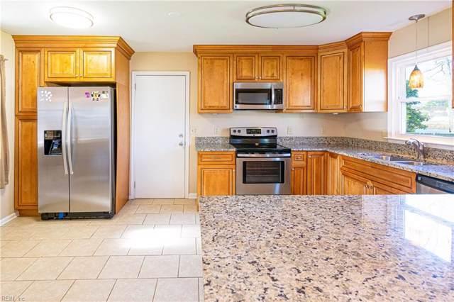 321 Fort Worth St, Hampton, VA 23669 (MLS #10299437) :: Chantel Ray Real Estate