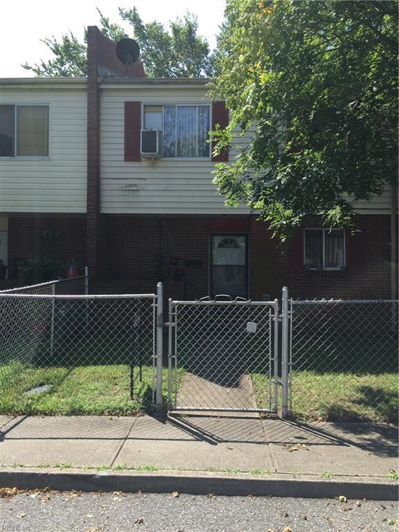 806 Craig St, Norfolk, VA 23523 (#10135433) :: RE/MAX Central Realty