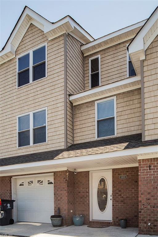 1105 Arlynn Ln, Virginia Beach, VA 23451 (#10140770) :: Berkshire Hathaway Home Services Towne Realty