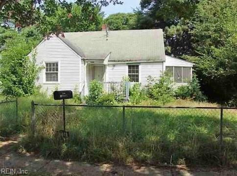 4744 Woolsey St, Norfolk, VA 23513 (#10141330) :: Hayes Real Estate Team