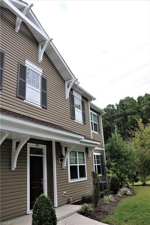 606 Lacy Oak Dr, Chesapeake, VA 23320 (#10152637) :: Rocket Real Estate