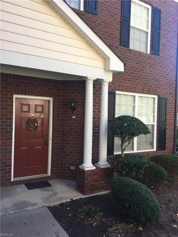 5840 Ludington Dr, Virginia Beach, VA 23464 (MLS #10160331) :: Chantel Ray Real Estate