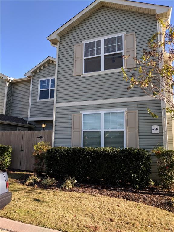 650 Lacy Oak Dr, Chesapeake, VA 23320 (MLS #10162447) :: Chantel Ray Real Estate