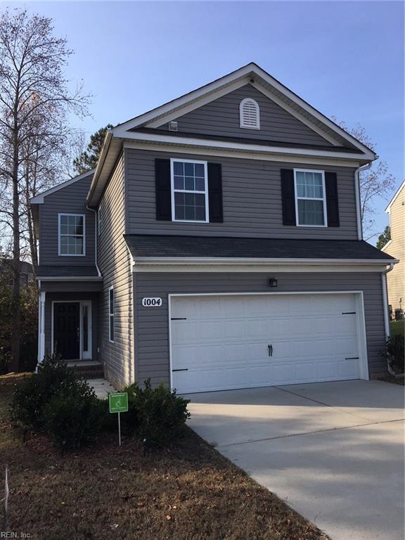 1004 Meadows Reach Cir, Suffolk, VA 23434 (MLS #10165320) :: Chantel Ray Real Estate