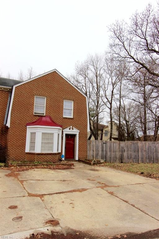 4 Colonial Way, Chesapeake, VA 23325 (#10170087) :: Green Tree Realty Hampton Roads